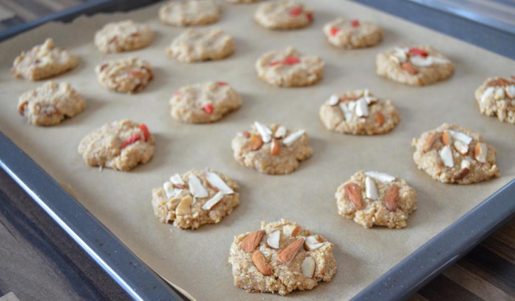 Vollwertige Hafer-Dinkel-Kekse ungebacken