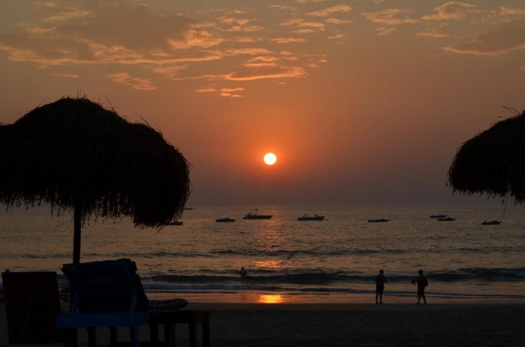 Sonnenuntergang Candolim Beach