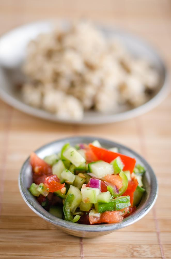 Tomaten-Gurken-Zwiebel-Relish
