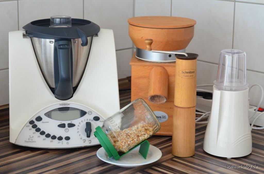 Unsere Küchenausstattung zur Zubereitung des Frischkorngerichts