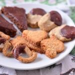 Keksteller - Kokosplätzchen, Lebkuchen, Nussstangen, Spritzgebäck