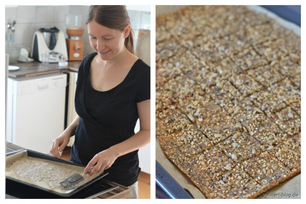 Hanf-Cracker Zubereitung und fertig gebacken