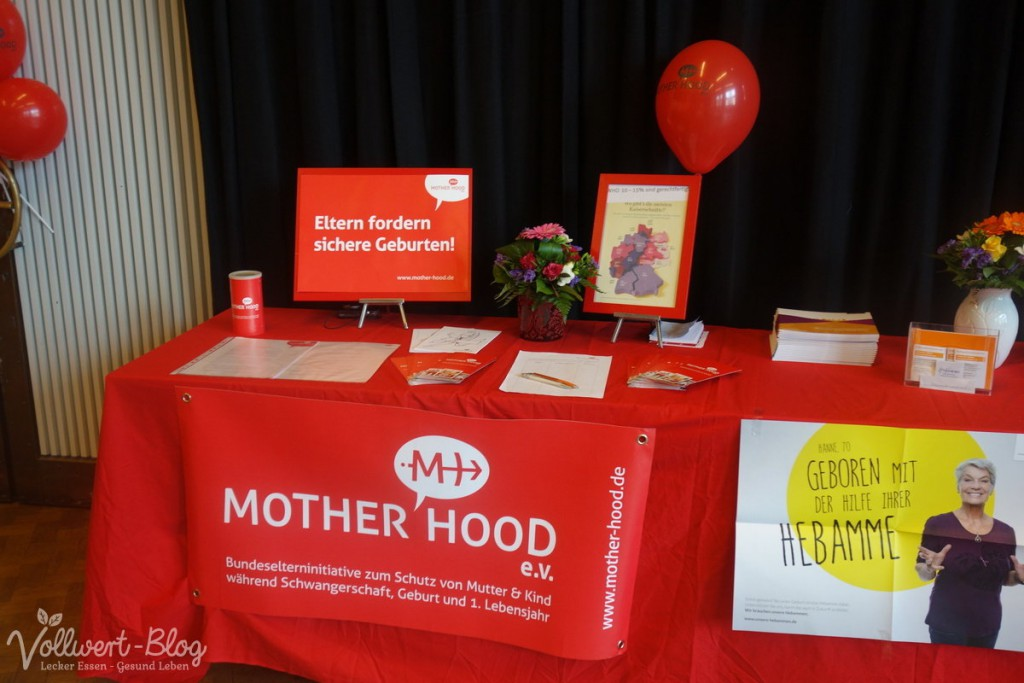 Mother Hood Stand