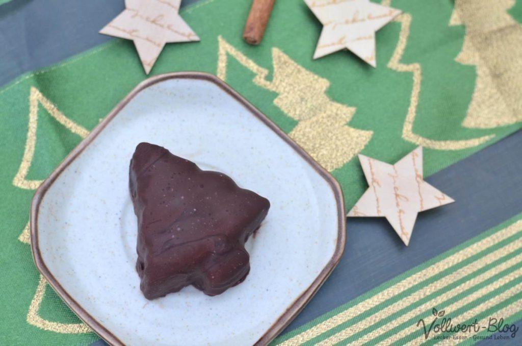 vollwertiges weihnachtliches Tannenbaumeis