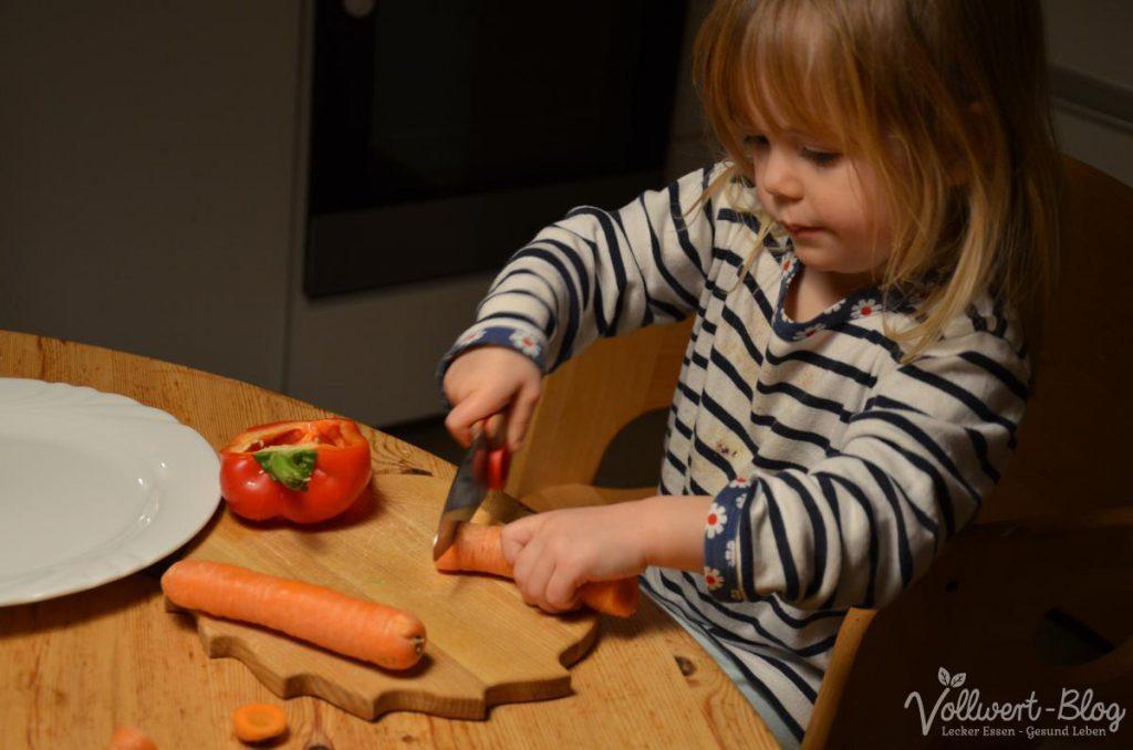 beim Gemüse schneiden