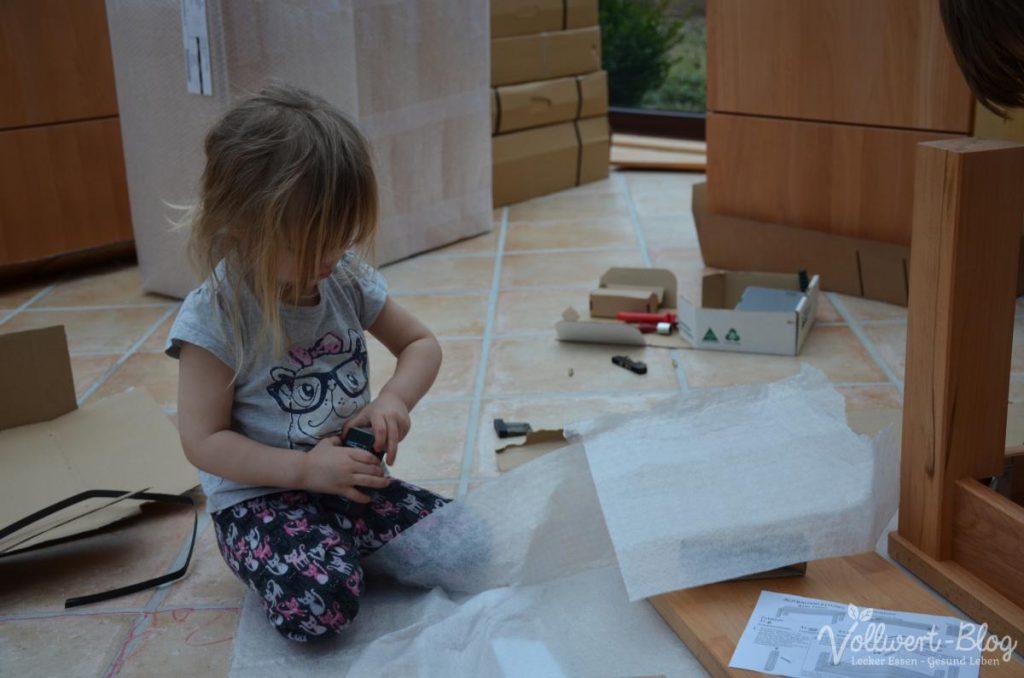 Aufbau der neuen Küchenmöbel