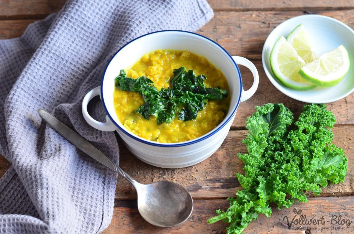 Zitronige rote Linsen-Suppe mit Grünkohl (vegan, glutenfrei)