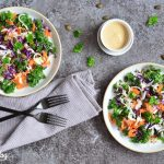 Bunter Kohlsalat mit Tahin-Orangen-Dressing