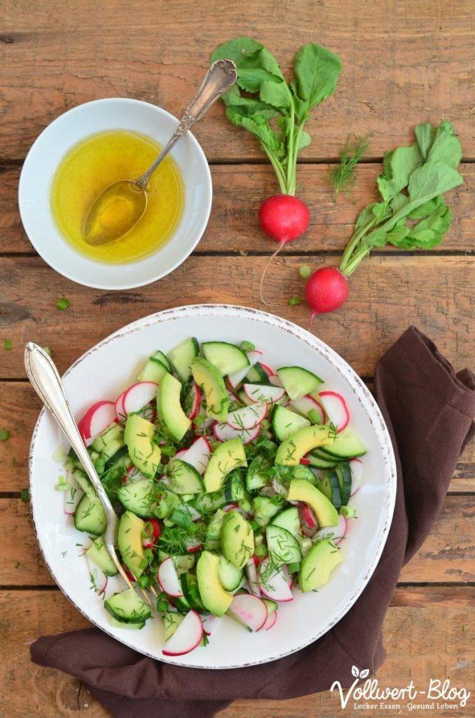 Radieschen Salat mit Avocado